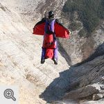 Base Jump<br />© www.buildering.net